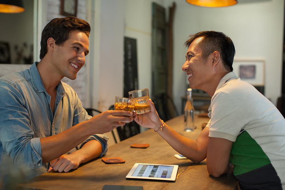 Homosexuell Speed Dating in sydney Erste E-Mail auf Dating-Seite schreiben